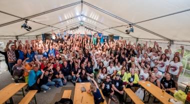 Gruppenbild 2019 weltweit höchstes Drachenboot-Rennen